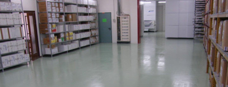 magazzino materiali-resine