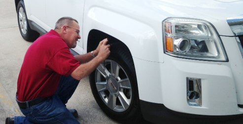 Certified painting technicians provides collision repair in Midway, GA