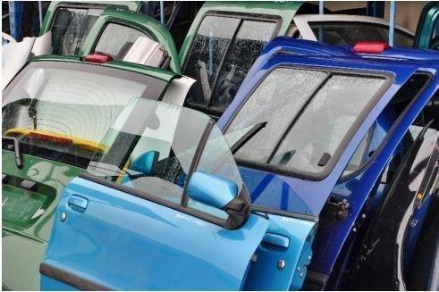 portiera dell'auto per vendita