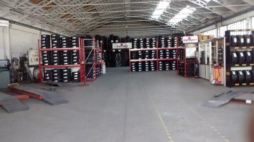 stoccaggio di pneumatici