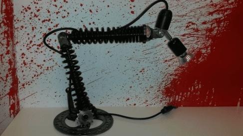 LAMPADA CON AMMORTIZZATORI E DISCO FRENO
