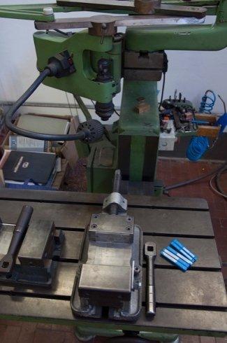incisioni a macchina, macchine utensili, macchine lavorazione metalli