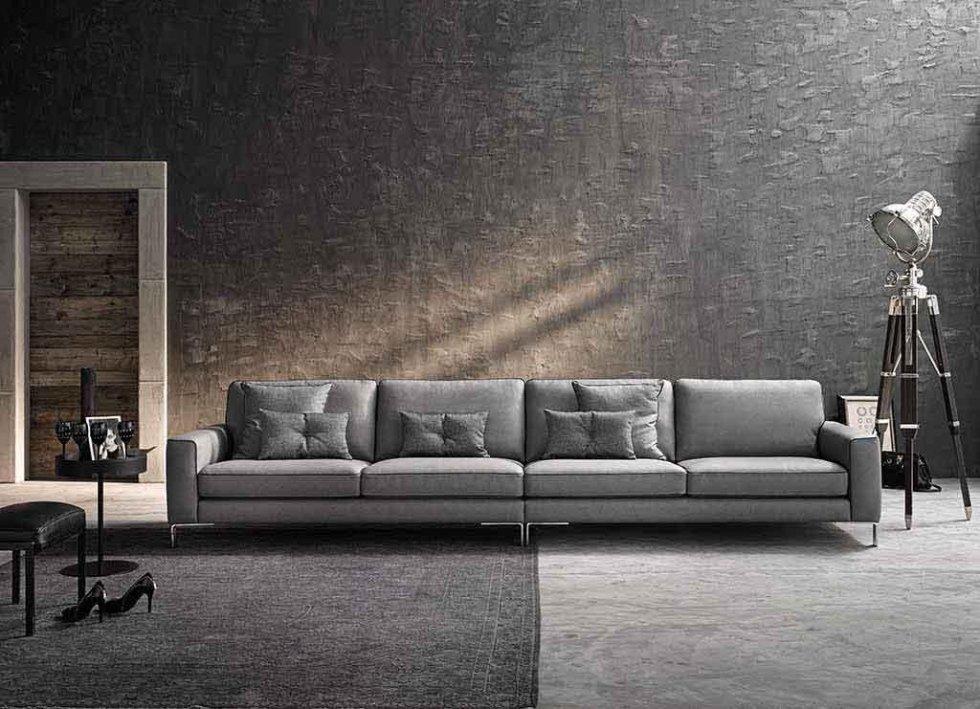 Progetto divano lineare lungo simmetrico