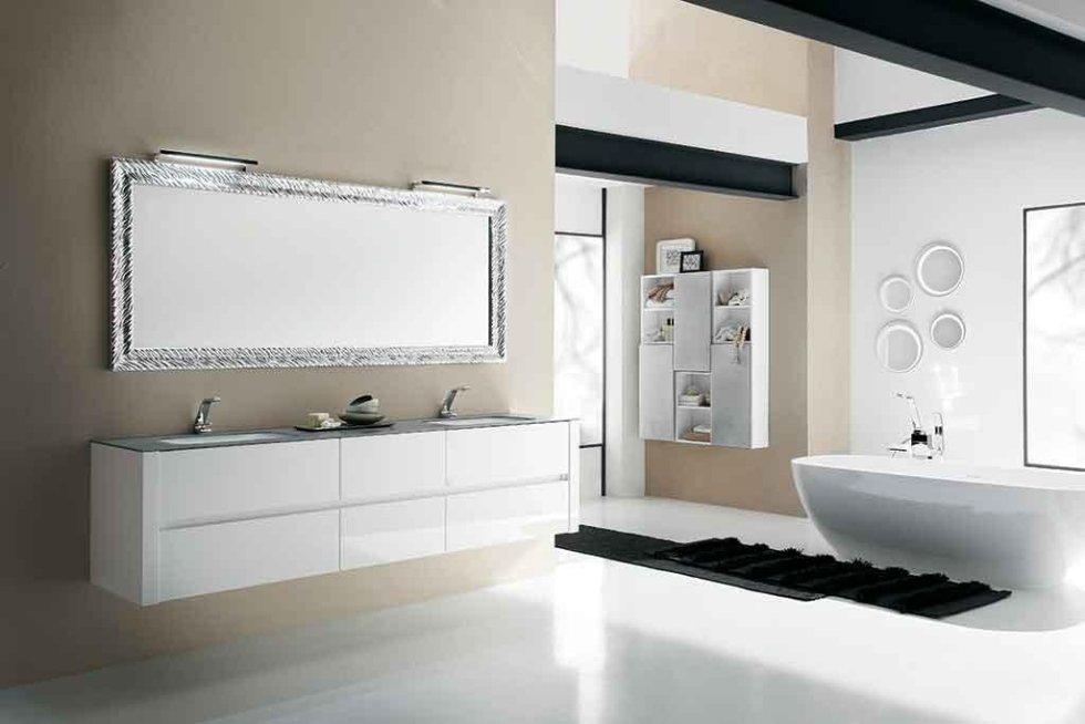 Progetto mobile bagno laccato lucido