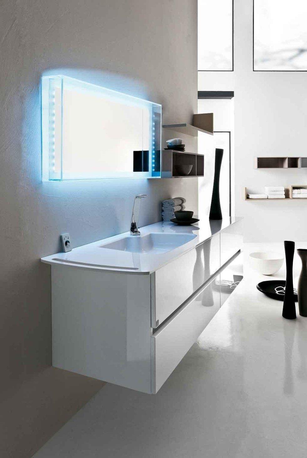 Progetto mobile bagno con top integrale