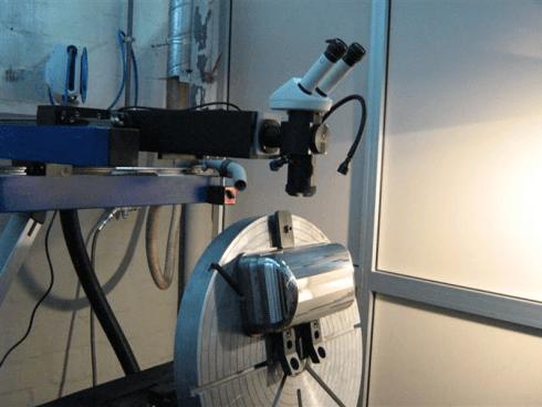 microsaldatura laser