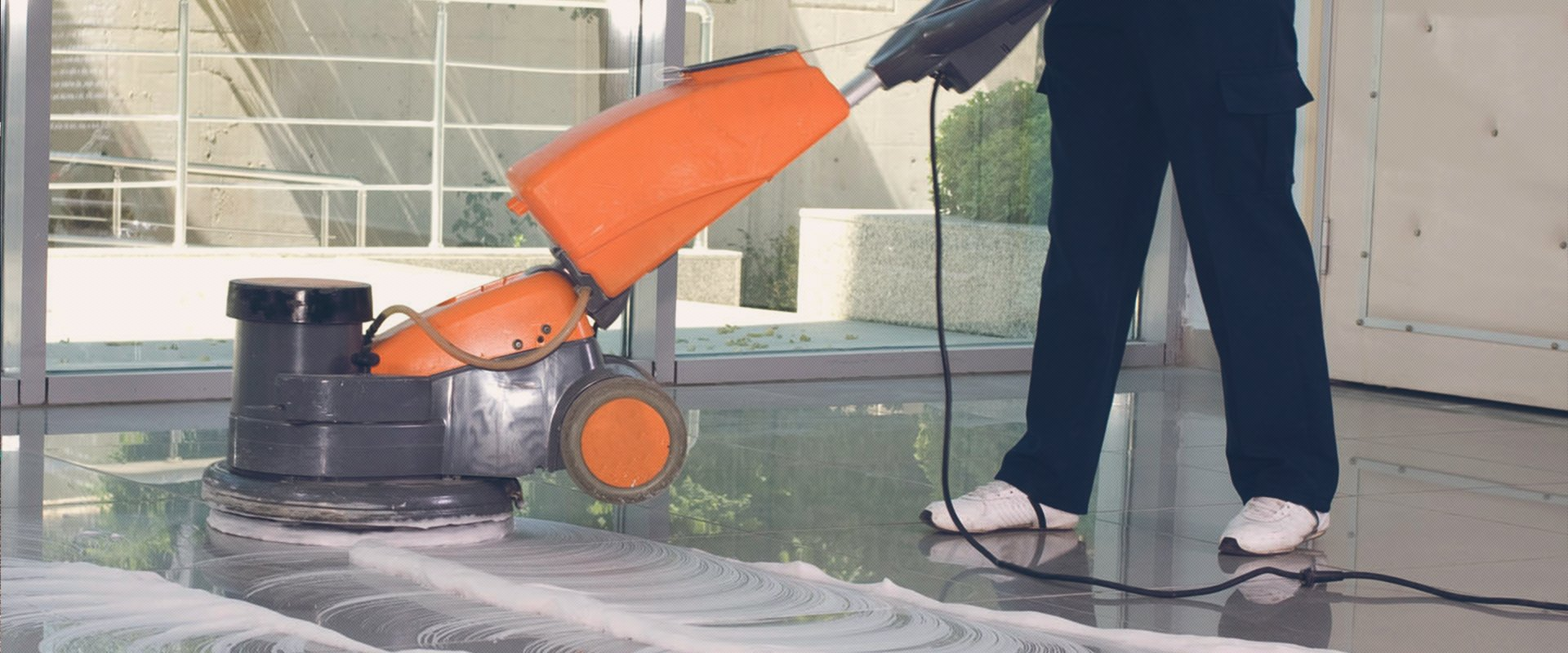 Looking For A Floor Scrubbing And Floor Polishing Machine In The Uk