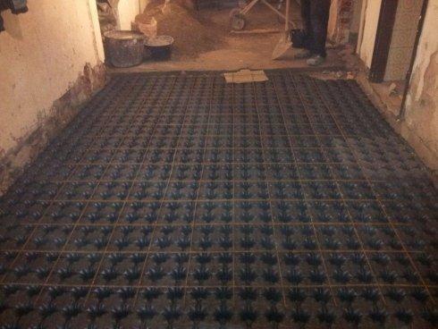 preparazione per riscaldamento a pavimento