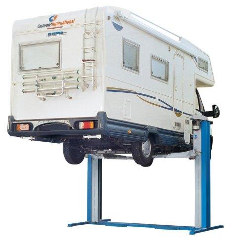 attrezzature per gommisti, presse idrauliche, ponti sollevatori per veicoli