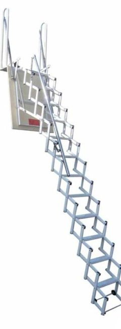 SRS PLUS RETRACTABLE LADDER
