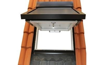 Skylight with roller shutter