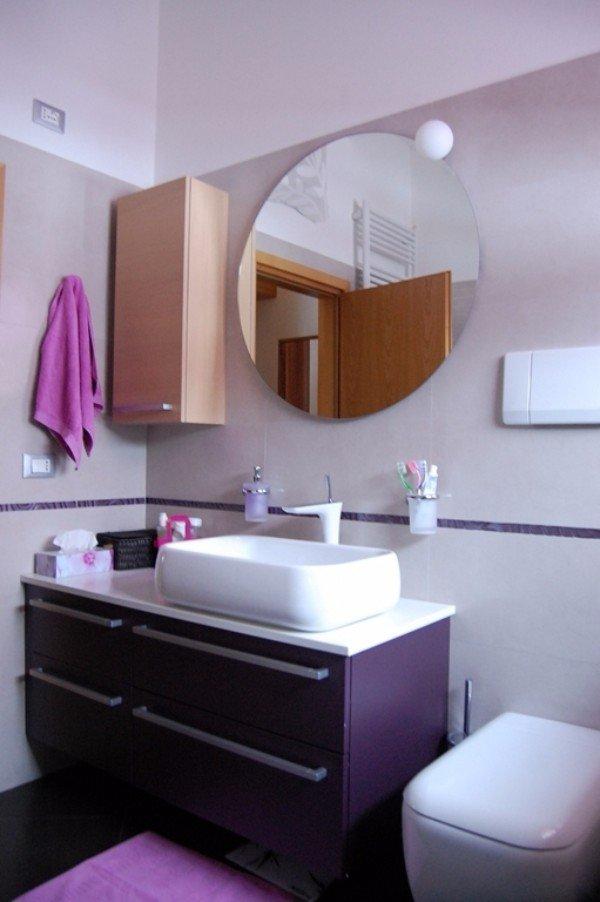 poggia lavabo laccato viola