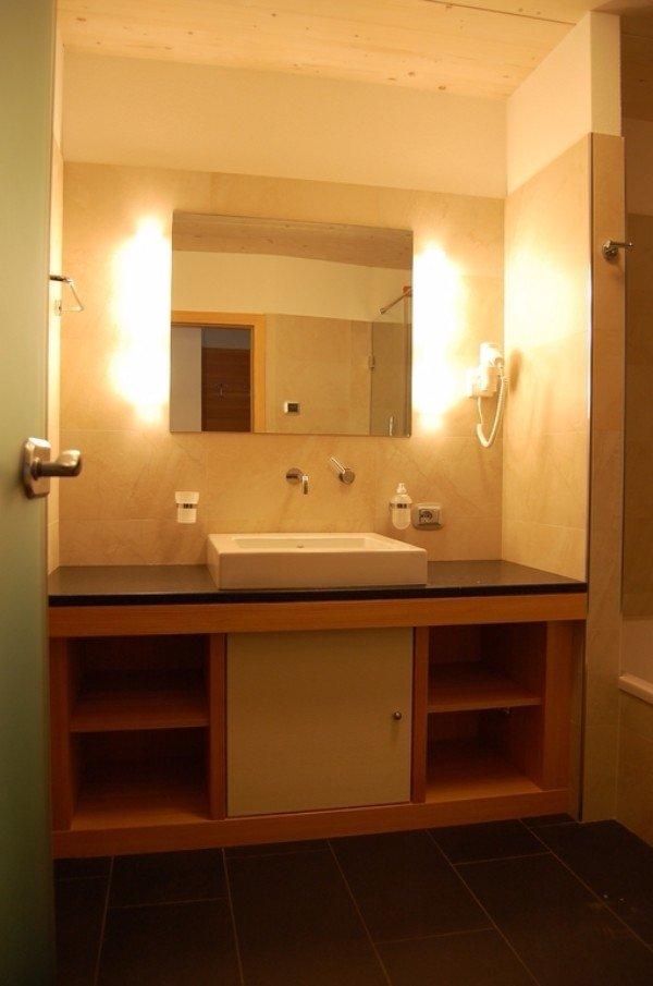 mobile pensile per bagno