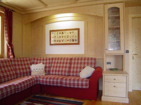 divano imbottito angolare