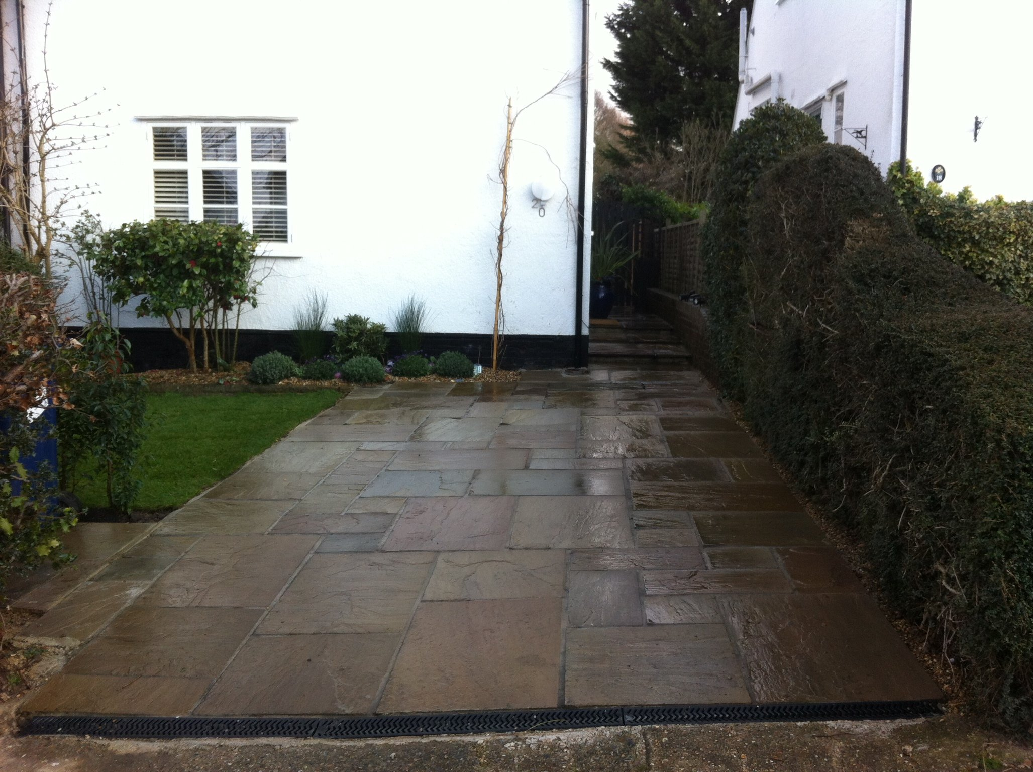 For decking in North London call Absolute Roots