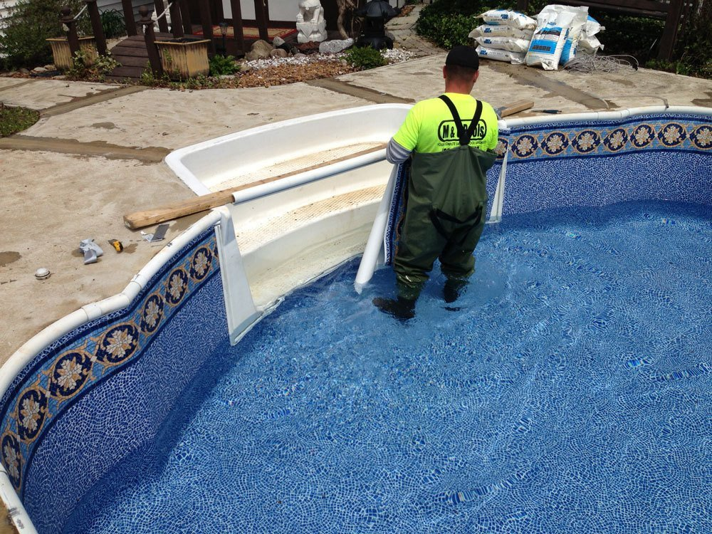 Swimming Pool Cleaning in Cleveland, OH
