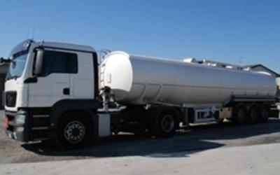 Autocisterne per  trasporto liquidi