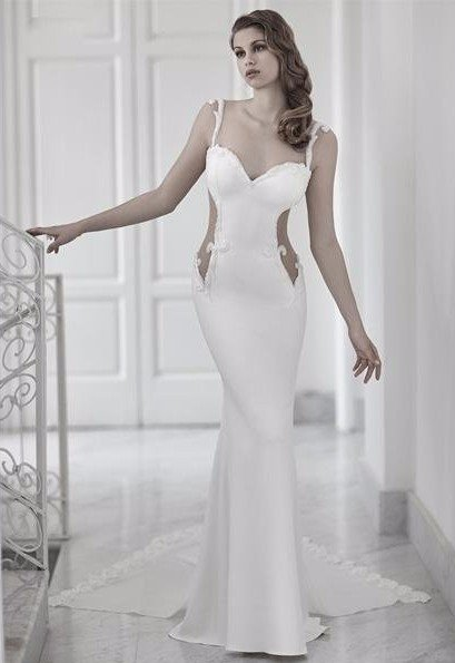 abito bianco ricamato