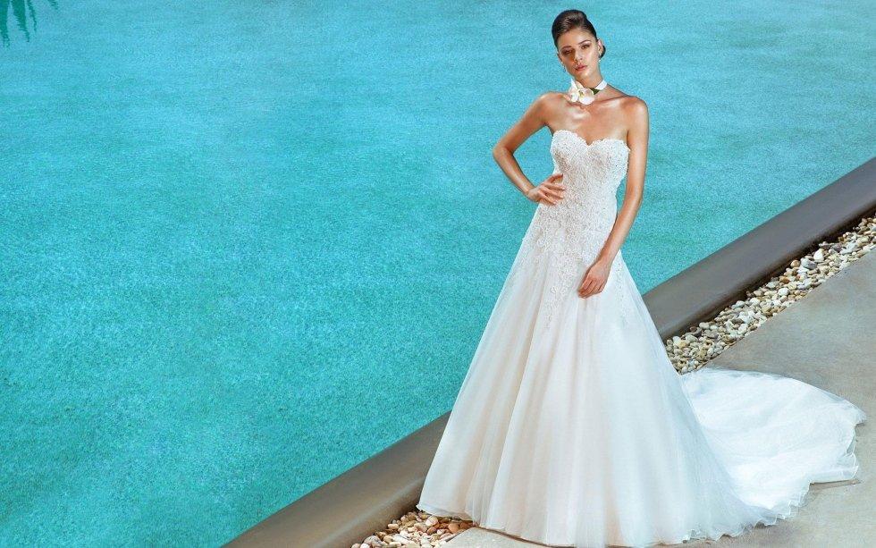abiti da sposa in raso