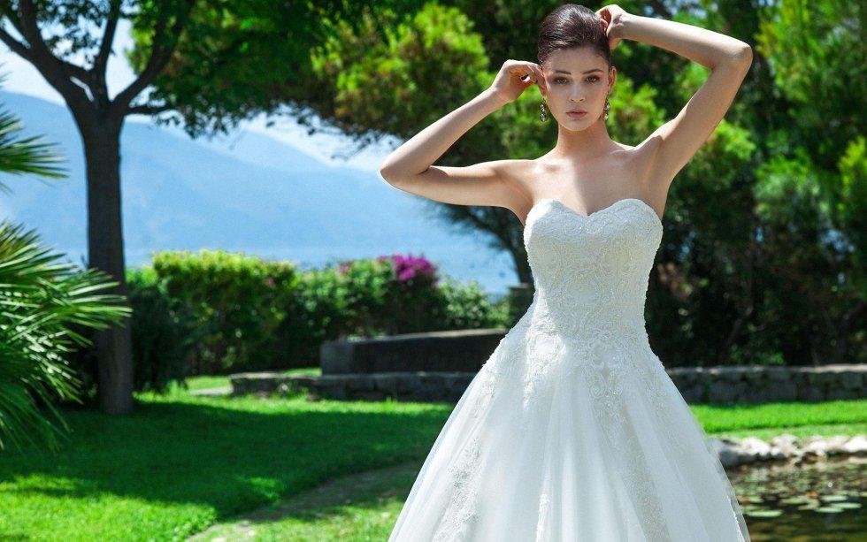 abito sposa vari modelli