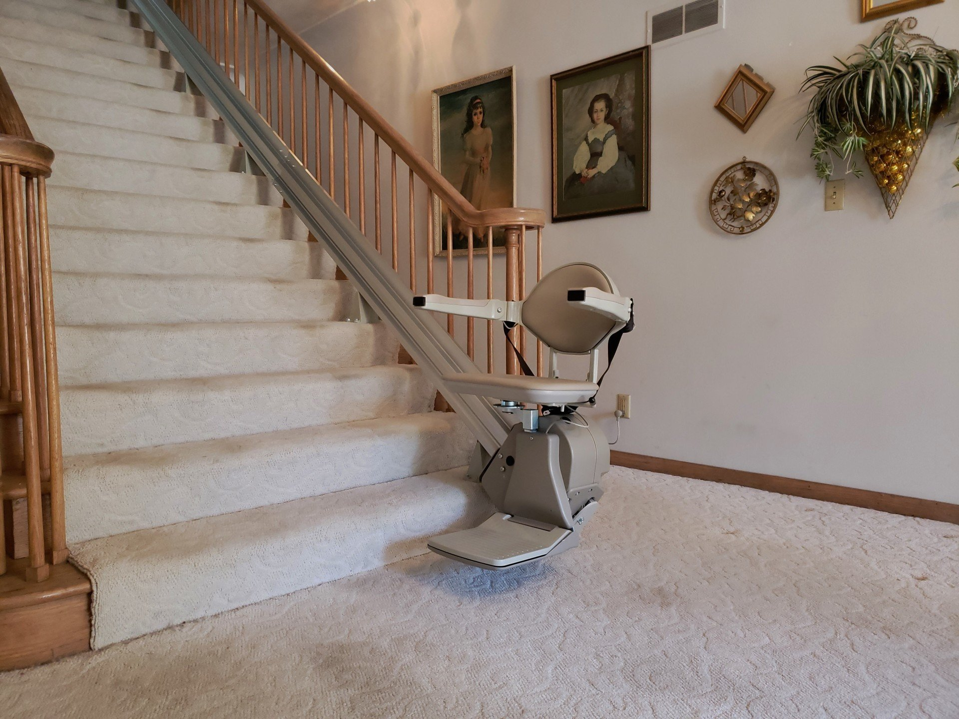 Access Mobility Products La Crosse Wisconsin Stairlifts