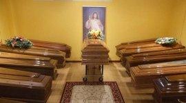cofani di fiori, ghirlande funebri, cerimonia funebre