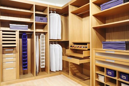 Custom closet reorganization and design services