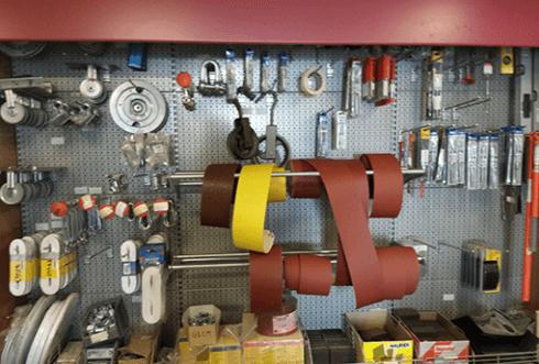 attrezzatura per edilizia in esposizione