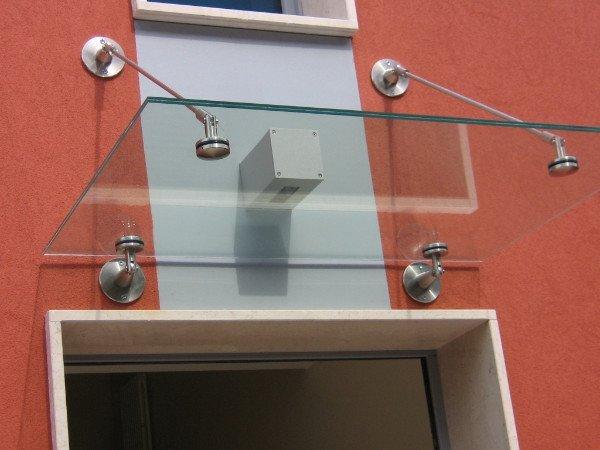 Pensilina in metallo e vetro