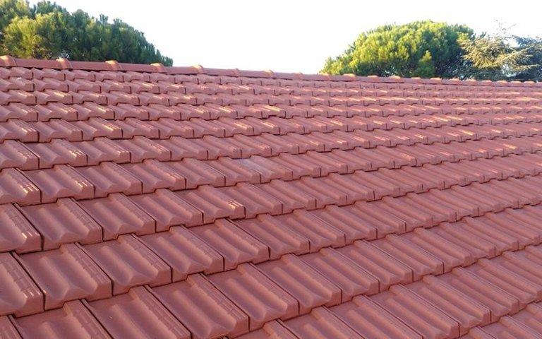 realizzazione tetto con tegole