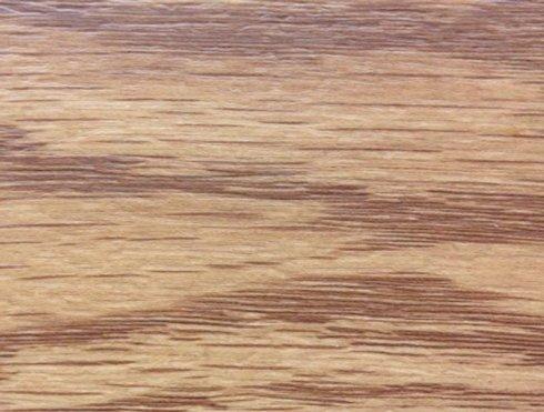 pavimento PVC con sfumature marroni