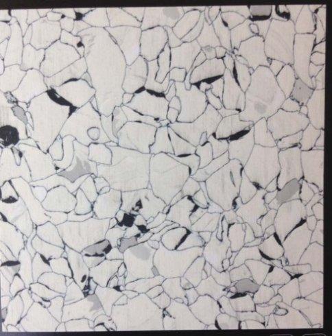 pavimento PVC grigio e nero