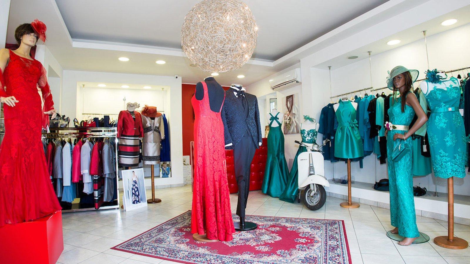una boutique di abiti per sposi e spose