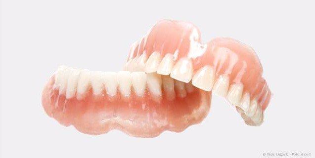 Totalprothesen (Vollprothesen), wenn alle Zähne fehlen