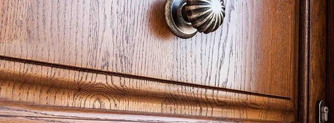 Realizzazione portoni in legno massello - Tecnolegno - Perugia