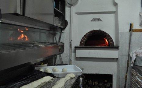Pizzeria / Restaurant