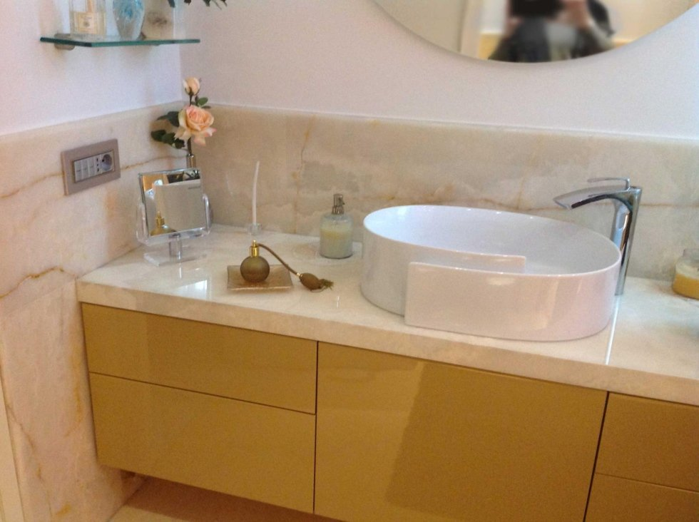 top bagno in onice