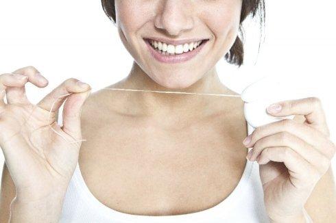 consigli per igiene orale, consigli contro alitosi, prevenzione orale