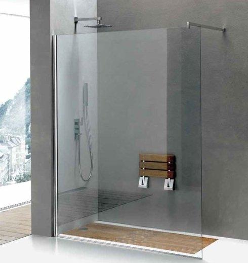 doccia aperta con parete in vetro