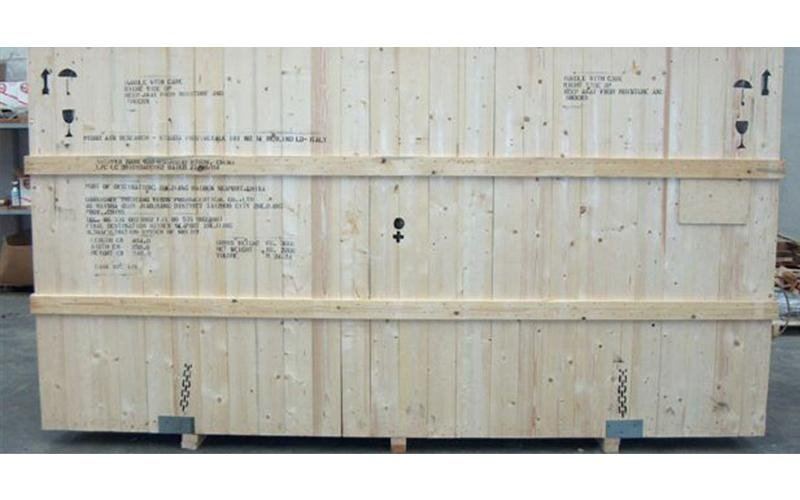 cassa in legno imballaggio su misura