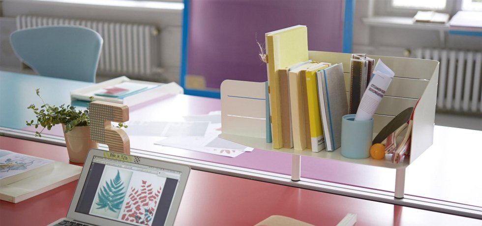 oggetti sulla scrivania
