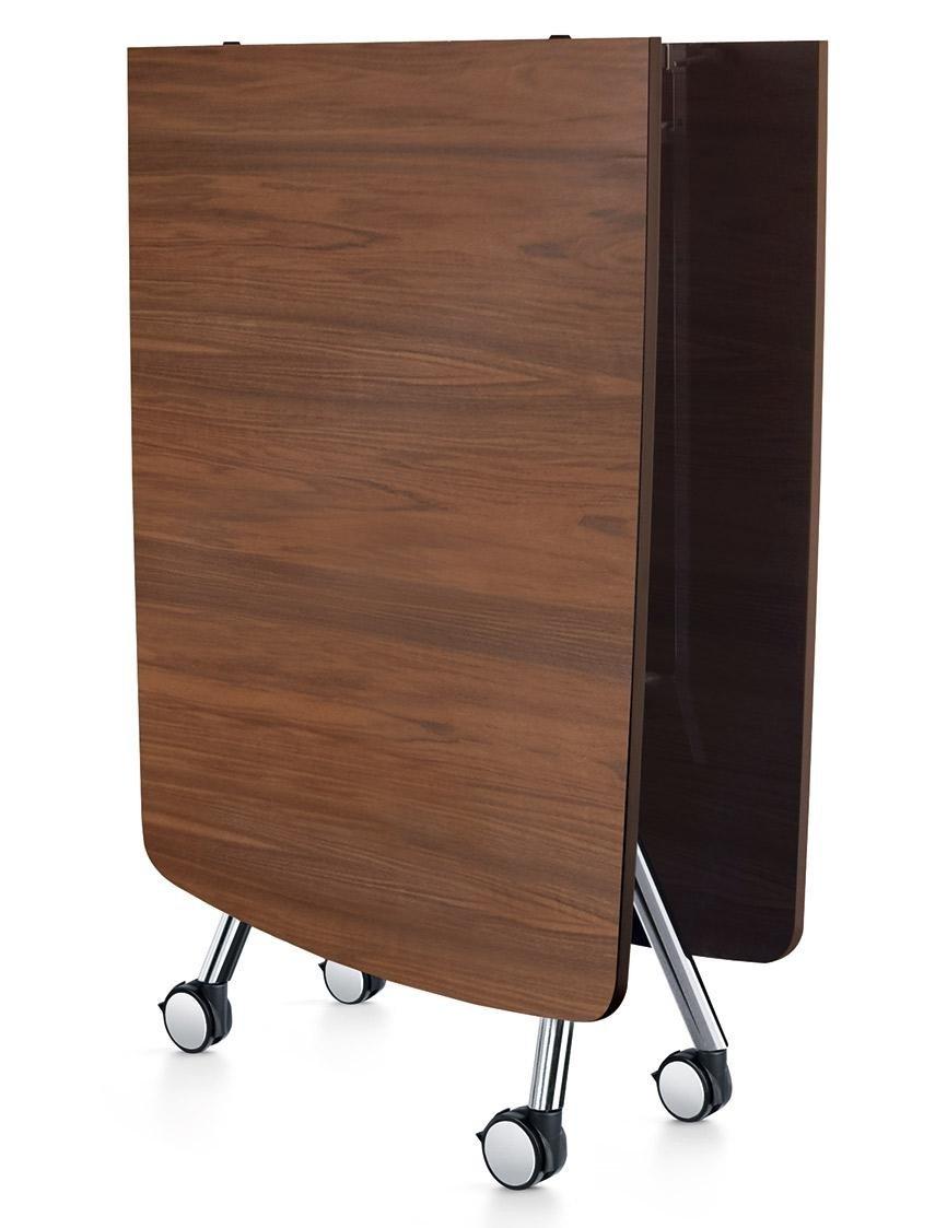 scrivania in legno che si piega