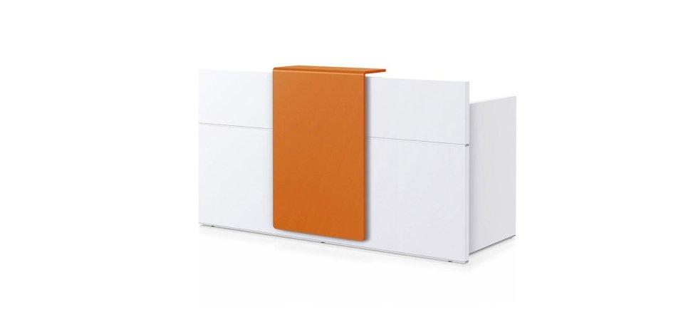 scrivania modello SEDUS con scaffale arancione