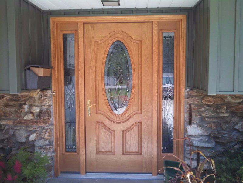 Villa Park Entry Door and Siding