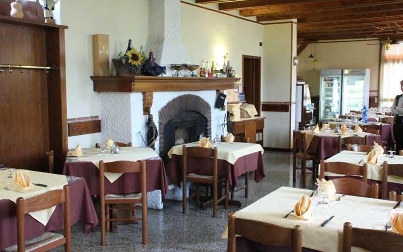 tavoli pizzeria ristorante