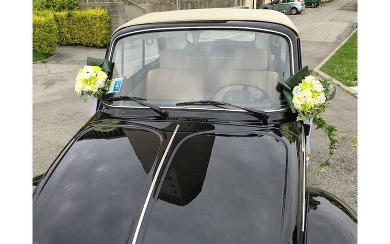 Allestimento auto per matrimoni
