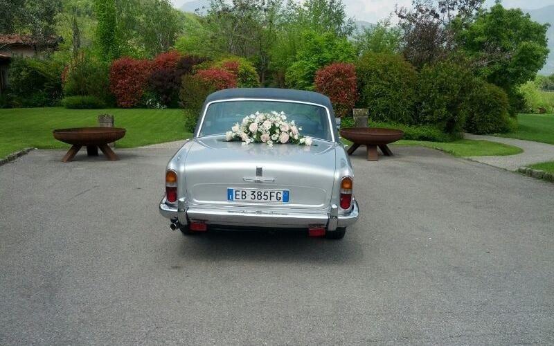 Addobbi floreali auto sposi