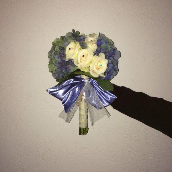bouquet con nastro lilla
