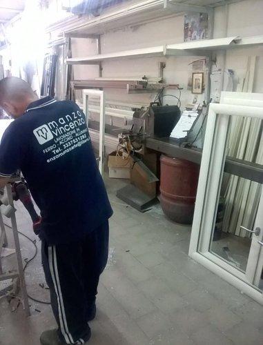 magazzino serramenti