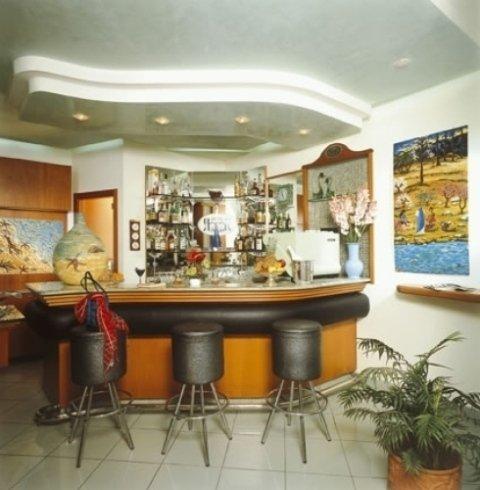 Bar dell